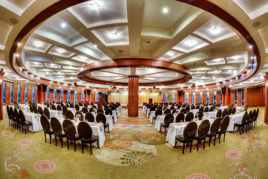 عکس سالن هتل بزرگ 2180