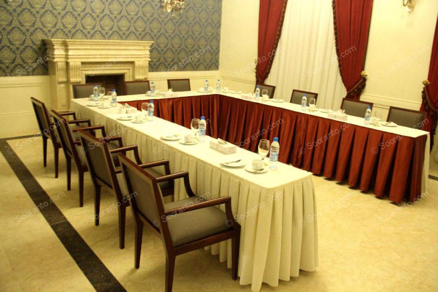 عکس سالن اتاق جلسه برنا هتل اسپیناس پالاس 2277