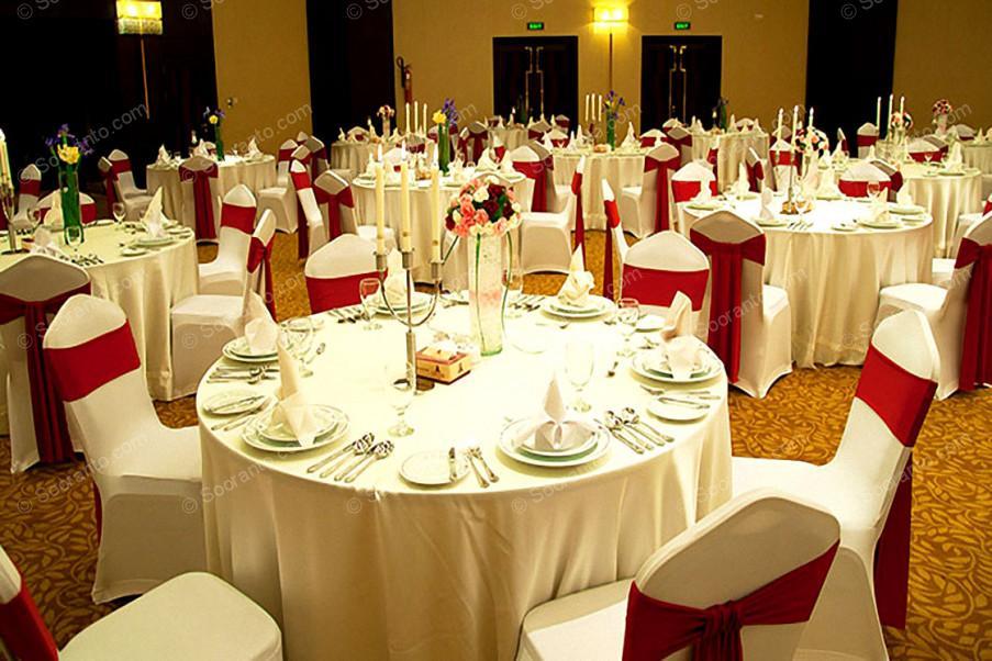 عکس سالن سالن زرین (همایش) هتل آزادی 3100