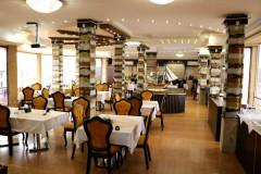 عکس سالن رستوران شبستان
