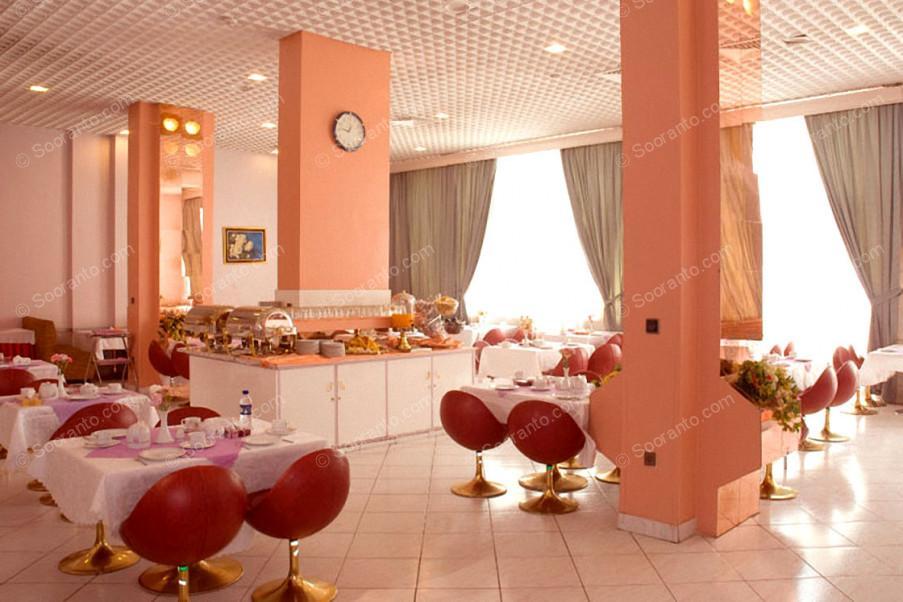 عکس سالن هتل پارسیان انقلاب 2784