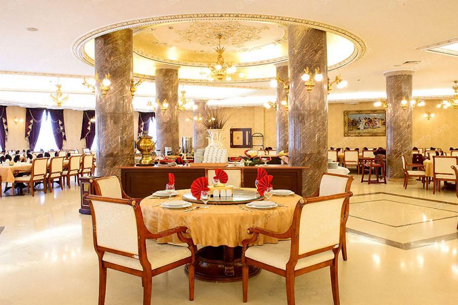عکس سالن هتل بین المللی قصر طلایی 2136