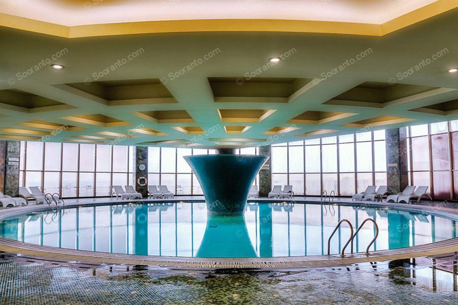 عکس سالن هتل بزرگ 2184