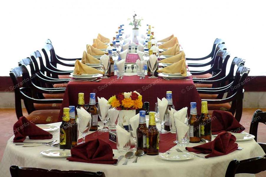 عکس سالن هتل لاله 2 2106