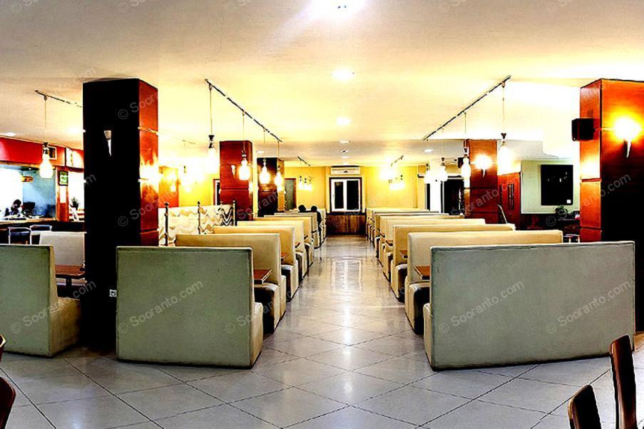 عکس سالن هتل پارک 2112