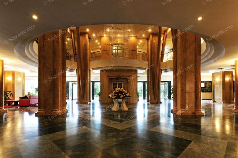 عکس سالن هتل چمران 2433