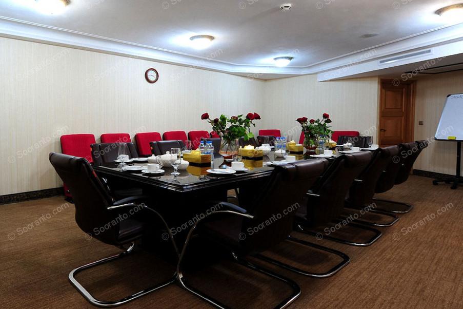 عکس سالن سالن میتینگ هتل بین المللی قصر طلایی 2149