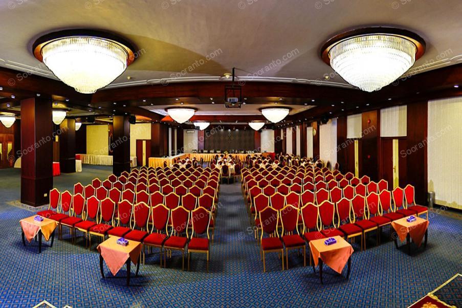 عکس سالن گلزار هتل لاله 2738
