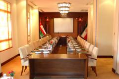 عکس سالن سالن کنفرانس نظامیه
