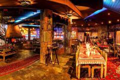 عکس سالن رستوران سنتی کوهستان